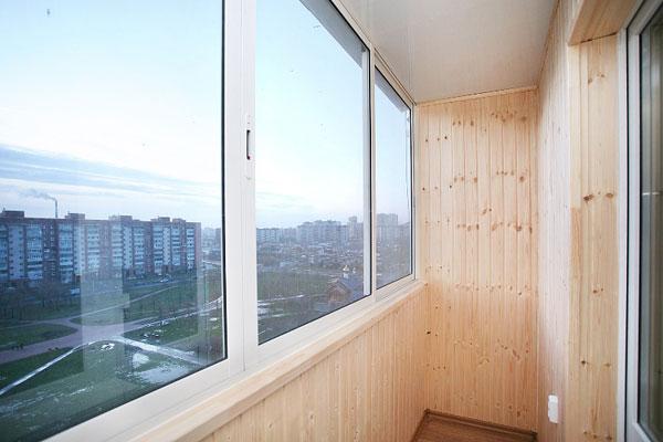 holodnoe-osteklenie-balkona-min